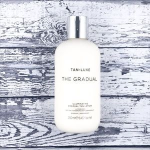 Tan-Luxe The Gradual Illuminating Tan Lotion NWT